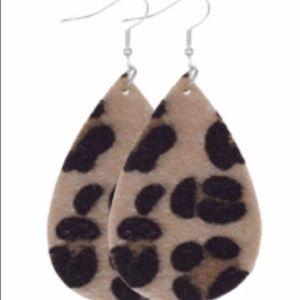 4/$20 New in pack artificialhair leopard earrings
